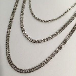 New Vanessa Mooney silver three chain necklace